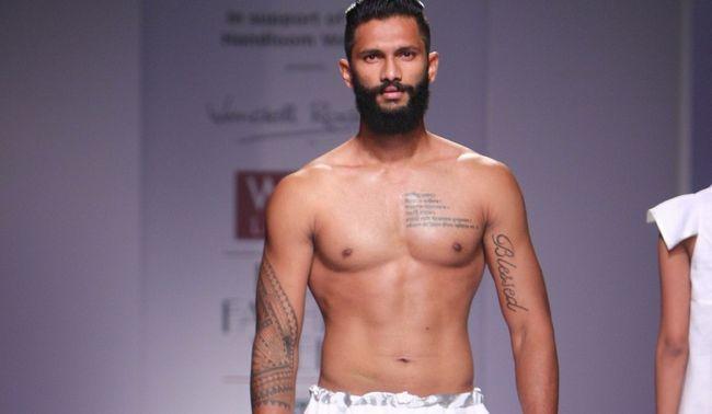 [Warmer Indien] die Fußballer Rampe Modellvariante: Travel Susegad ein goan